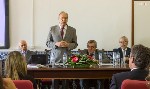 Da esq. para dir.: Professor José Gomes Canotlho, Ministro Ricardo Lewandowski, Professor Manuel Porto e Professor Joaquim Ribeiro.